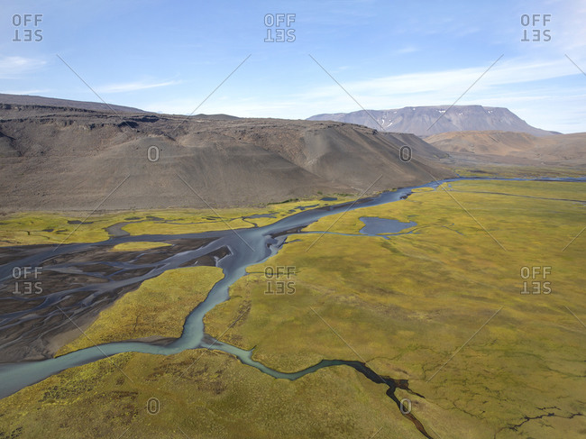 River and streams flowing in Icelandic highlands