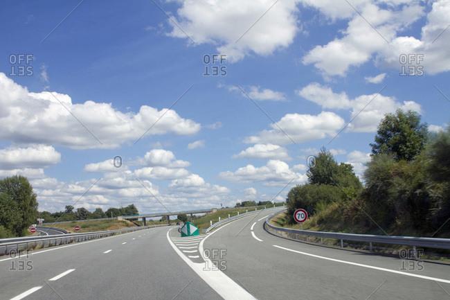 France,  2-lane exit ramp - Offset