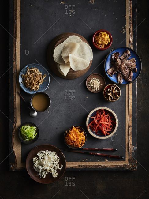Gujeoulpan (korean tiny crepe 8 fillings)