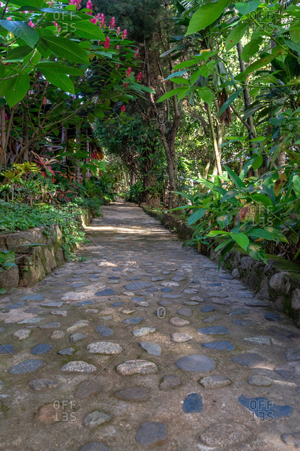 America, Caribbean, Greater Antilles, Dominican Republic, Jarabacoa, Los Calabazos, Sonido del Yaque Eco Lodge, path through an eco-lodge