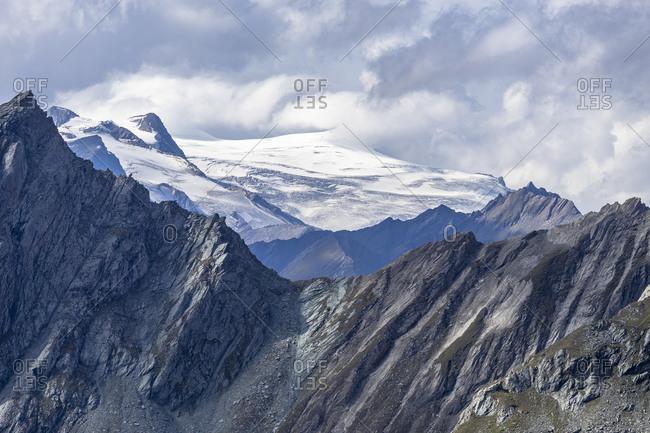 Europe, Austria, Tyrol, East Tyrol, Matrei in Osttirol, view of the Grossvenediger and Kleinvenediger in the Hohe Tauern