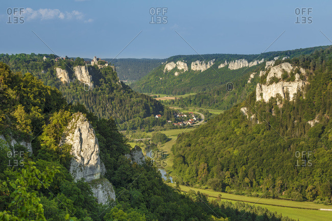 View from Eichfelsen rock to Werenwag castle, Upper Danube Valley, Swabian Jura, Baden-Wurttemberg, Germany, Europe