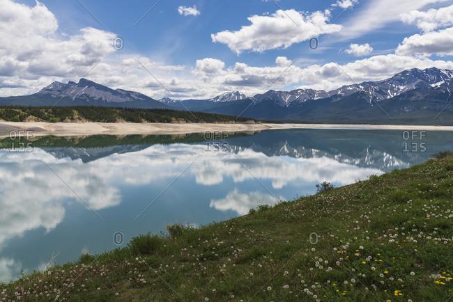 Abraham Lake in Spring, Banff National Park and Kootenay Plains, Alberta, Canadian Rockies, Canada, North America