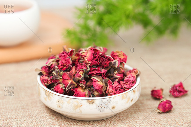The roses are dry for decoration