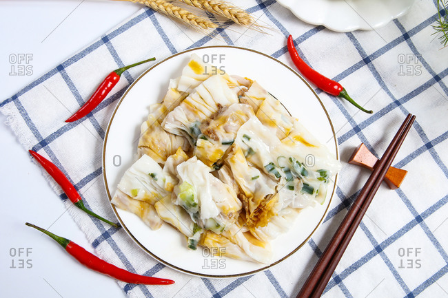 Chinese food is steamed vermicelli roll
