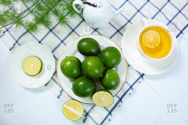 Lemon drink nutrition afternoon tea