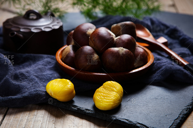 A small amount of Chinese chestnut
