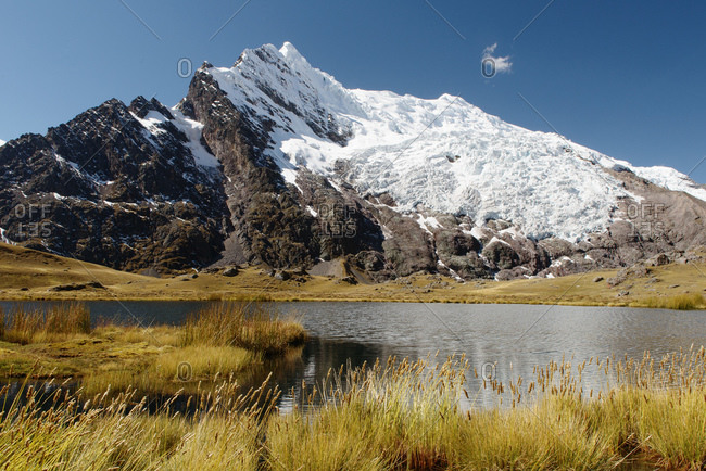 Glacier and lake, Ausangate, Willkanuta mountain range, Andes, Peru