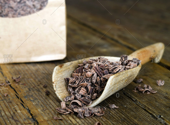 Wooden scoop with grated chocolate