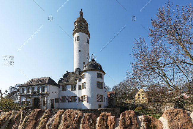Frankfurt am Main, Hesse, Germany, Highest Castle, Renaissance Castle of the Archbishops of Mainz.