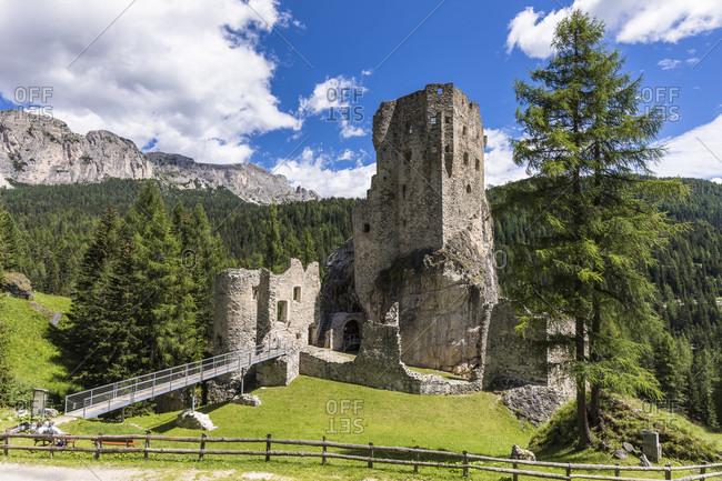 Andraz Castle, Livinallongo del Col di Lana, Alto Agordino, Dolomites, Veneto, Province Belluno, Italy