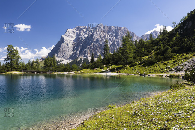 Seebensee (1657m) in front of Zugspitz mountain group (2962m), Ehrwald, Tirol, Austria