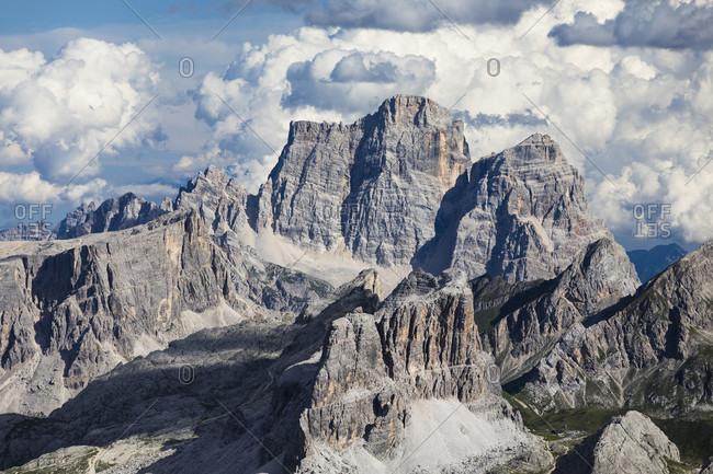View from Sas Pordoi to Croda da Lago (2700m), Monte Pelmo (3168m) and Averau (2649m) in the front, Cortina d'Ampezzo, Cadore, Belluno district, Dolomites, Veneto, Italy