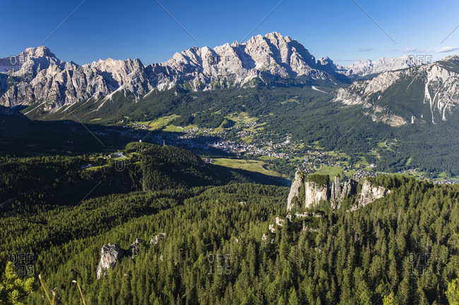 Elevated view on the valley of Cortina d'Ampezzo with Cristallo Group (3221m) behind, Cortina d'Ampezzo, Cadore, Belluno district, Dolomites, Veneto, Italy