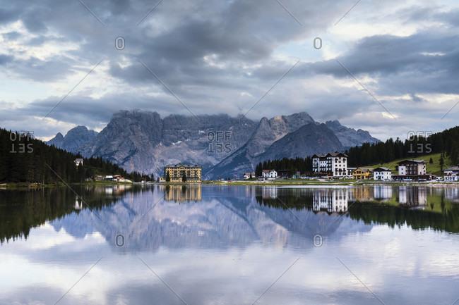 Misurina Lake in front of Sorapiss (3205m), dusk, blue hour, Misurina, Auronzo di Cadore, Belluno district, Dolomites, Veneto, Italy