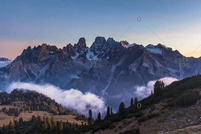 Monte Cristallo (3221m) at dusk, high plateau Plaetzwiese, Fanes-Sennes-Prags Nature Park, Pragser Dolomites, Dolomites, South Tyrol, TrentinoAlto Adige, Italy