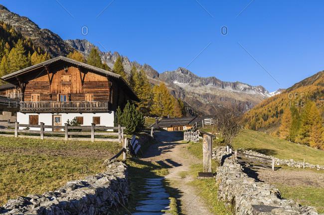 Prastmann Alm in autumn, Prettau, Kasern, Ahrntal Valley, Pusteria Valley, Dolomites, Bolzano district, TrentinoAlto Adige, South Tyrol, Italy