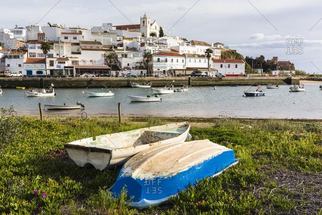 February 18, 2016: Ferragudo, a small fishing village at the mouth of the River Arade, Lagoa, Algarve, Portugal