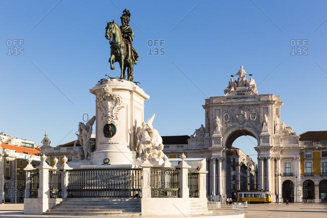 May 15, 2015: Praca do Comercio, Rua Augusta Arch (Arco Triunfal) and the equestrian statue of King Joseph I., Baixa district