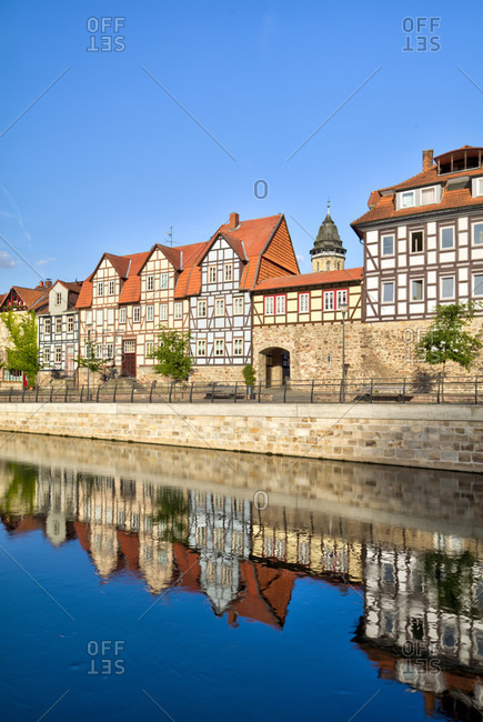 Mill arm, Fulda secondary arm, house facade, water reflection, river, Hann. Menden, Lower Saxony, Germany, Europe