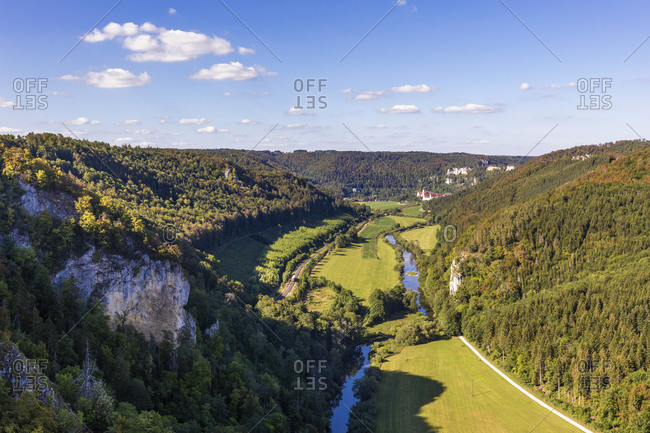 Germany- Baden-Wurttemberg- Beuron- Scenic view of Danube Valley seen from Knopfmacherfelsen