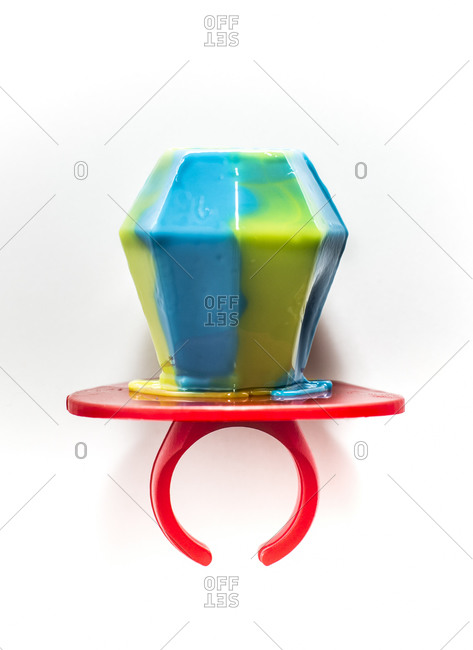 Blue and green candy ring sucker