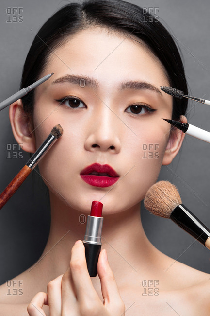 Make up the beauty of