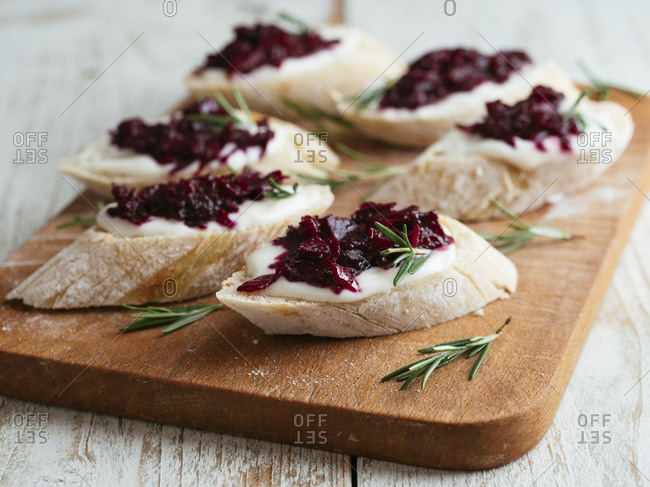 Bruschetta with Beet Jam and Vegan Cream Cheese