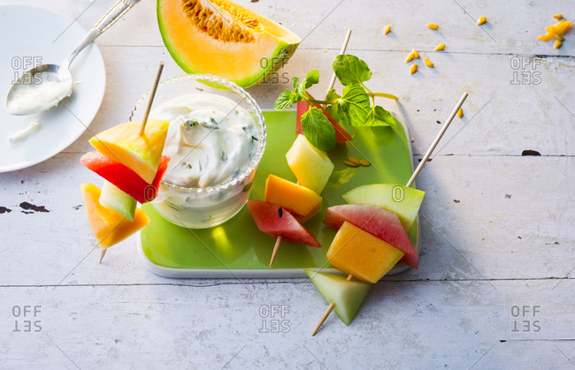 Melon skewers with sour cream