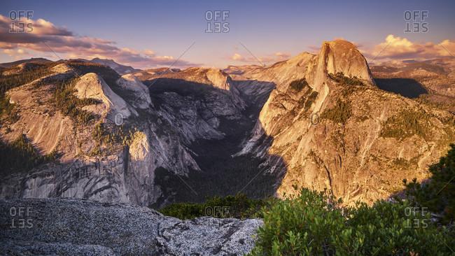 USA, United States of America, Half Dome in Yosemite National Park, California