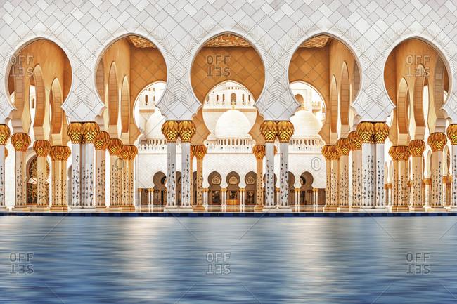 November 23, 2016: United Arab Emirates, Abu Dhabi, Grand Sheikh Zayed Mosque, Middle East,