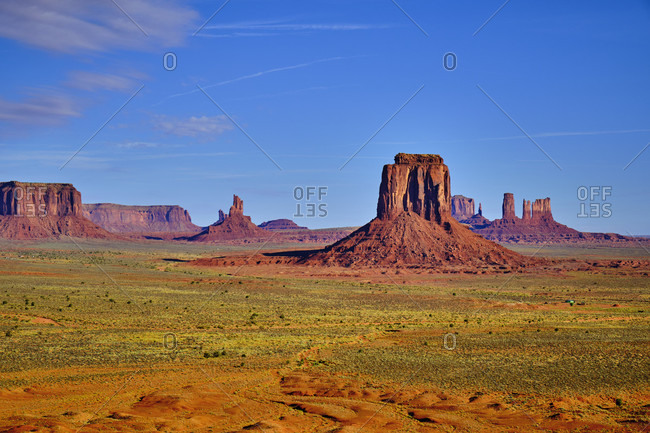 USA, United States of America, Monument Valley, Navajo Reserve, Utah, Colorado Plateau, Mexican Hat, Four Corner , three sisters, valley drive