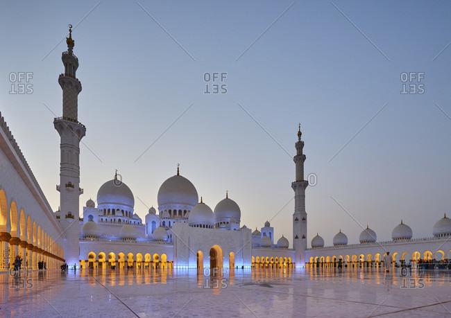 November 23, 2016: Abu Dhabi, UAE, Emirates, United Arab Emirates, Africa, Middle East, Grand Sheikh Zayed Mosque, Blue hour,