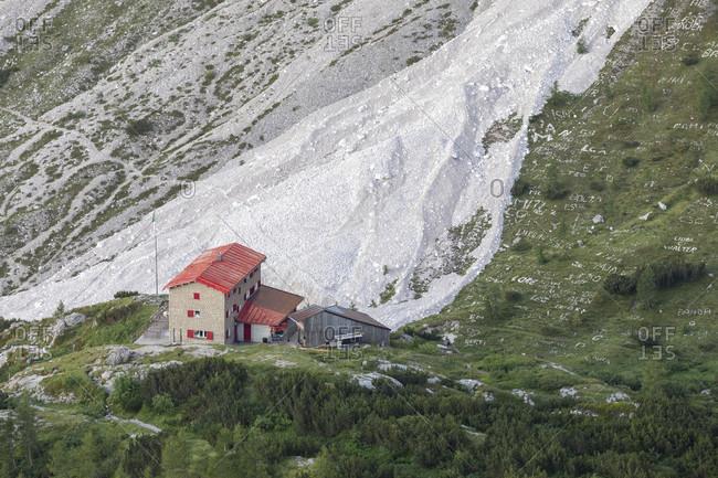 Antonio berti refuge, vallon popera, comelico-auronzo-sesto dolomites, municipality of comelico superiore, province of belluno, italy
