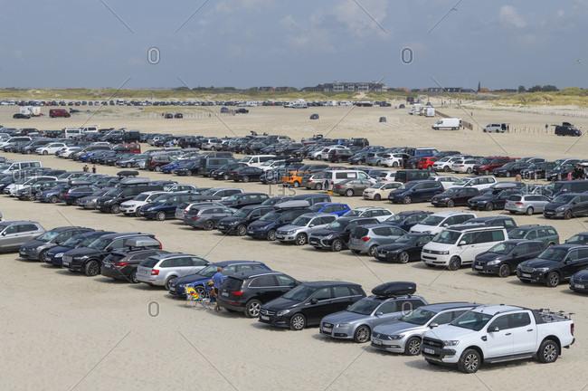 August 6, 2019: Car parking on the beach, norderdeich, sankt peter-ording, north friesland, north sea, schleswig-holstein, Germany