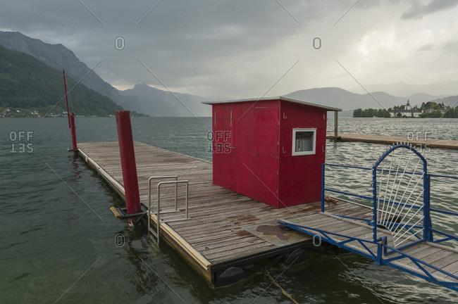 Pier on lake traunsee in summer, gisela, gmunden, traunsee, upper austria, austria