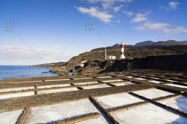 Salinas de fuencaliente by the old and new lighthouse