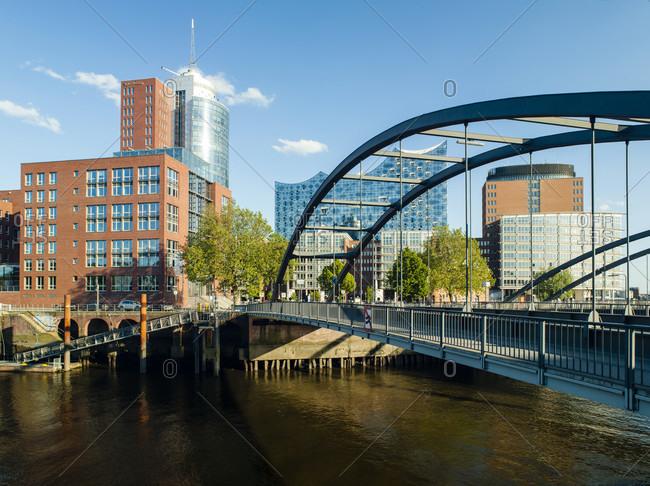 May 1, 2017: Niederbaum bridge, hanseatic trade center and elbphilharmonie, hamburg, germany