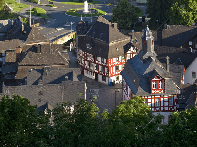 Europe, germany, hesse, nassau-dillenburg, orange city dillenburg, deutsche fachwerkstrasse, view from schloßberg to the old town at obertor with the former town hall on the corner of hauptstrasse and maibachstrasse