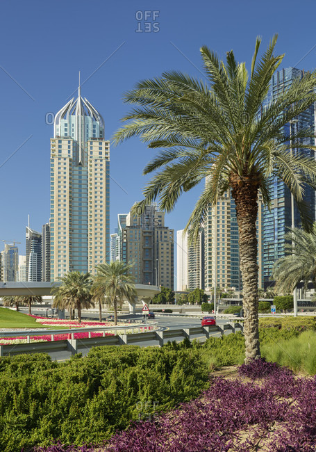January 18, 2020: Leafy interchange, palm trees, sheikh zayed road, near dubai marina, dubai, united arab emirates