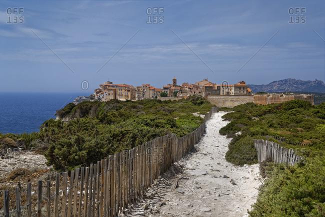 France- Corse-du-Sud- Bonifacio- Footpath toward clifftop town
