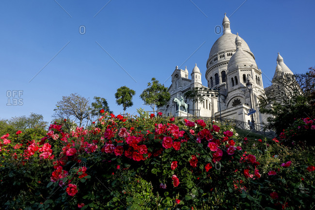 May 7, 2020: The Sacred Heart (Sacre Coeur) Basilica, Montmartre, Paris, France, Europe