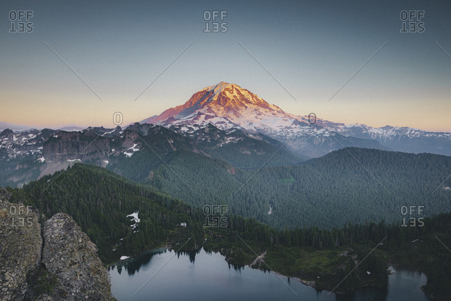 Beautiful Mt. Rainier from the top of Tolmie Peak, USA