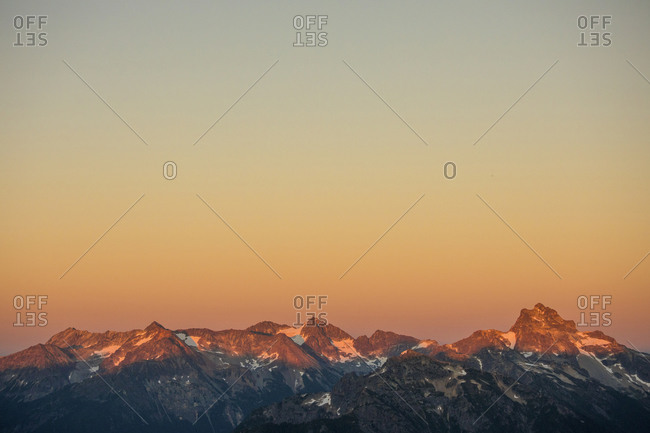 Alpenglow on the North Cascade Mountain Range
