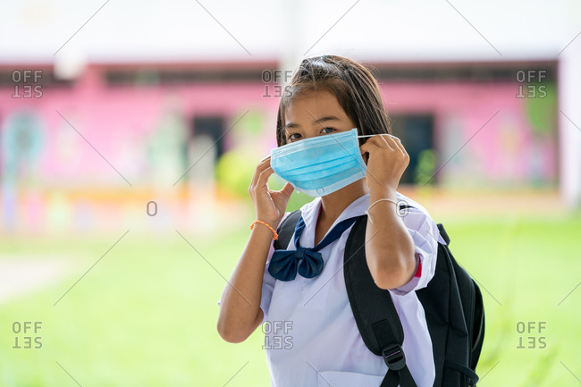 Elementary school students wear face mask to prevent the Coronavirus
