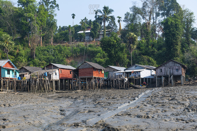 Myanmar- Tanintharyi Region- Stilt houses of coastal fishing village