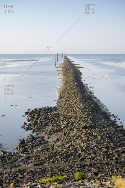 Germany, Lower Saxony, East Frisia, Juist, low tide on the south side, wading side of the island.