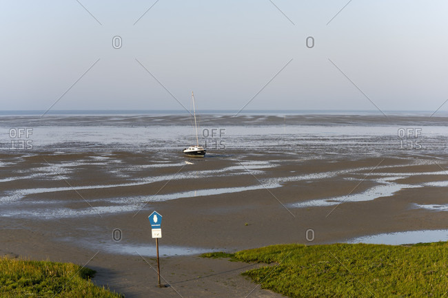August 24, 2019: Germany, Lower Saxony, East Frisia, Juist, low tide on the south side, wading side of the island.