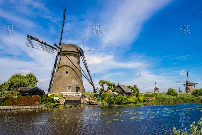 Windmill, Kinderdijk, UNESCO World Heritage Site, South Holland, Netherlands, Europe