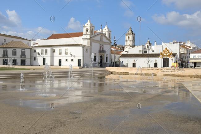 Santa Maria Church and fountain, Infante Dom Henrique Square, Lagos, Algarve, Portugal, Europe